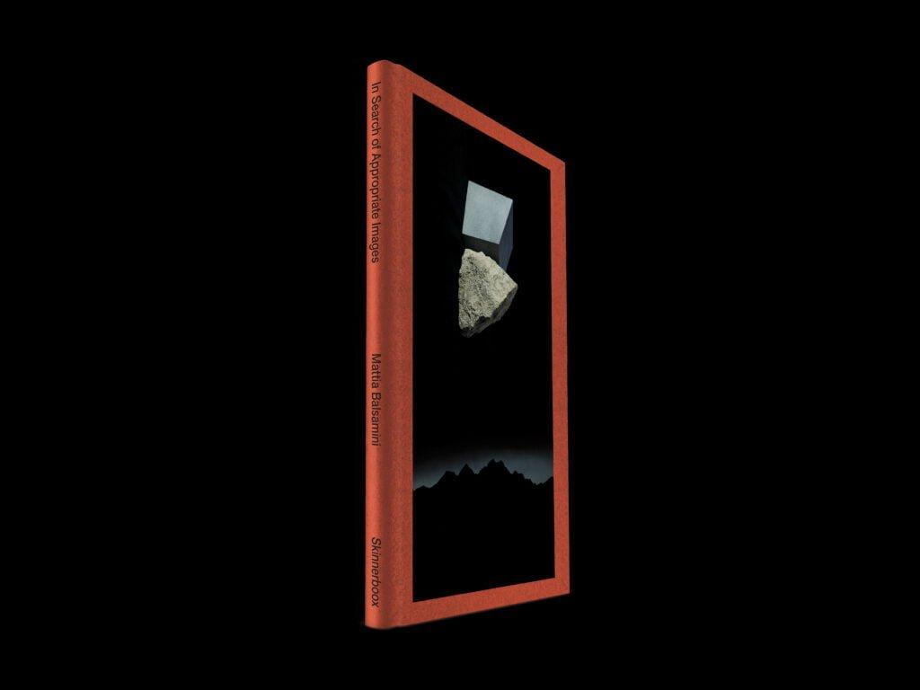 ISOAI Mockup Libro B3 Spazi Fotografici Scuola ed eventi di fotografia https://spazifotografici.it/wp-content/uploads/2021/02/cropped-favicon-spazi-fotografici_nerobianco.png